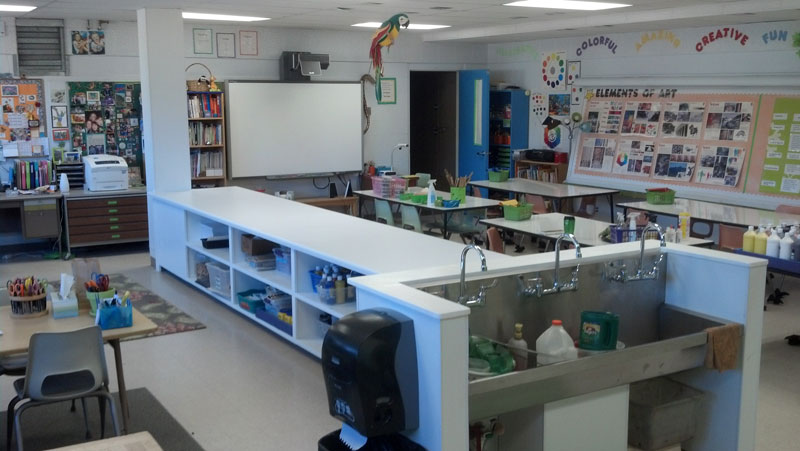 Mountain Elementary Art Room